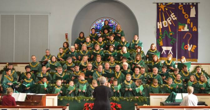 Singing Christmas Tree~~~                               St. Paul's United Church of Christ~~~                                Woodstock, Virginia